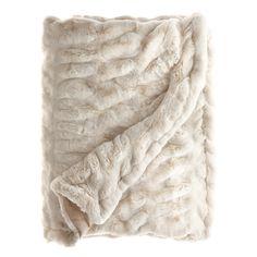 Faux Fur Throw Fluffy Blankets, Fuzzy Blanket, Faux Fur Blanket, Faux Fur Throw, Throw Blankets, Winter Blankets, Casa Disney, Faux Fur Bedding, Shopping