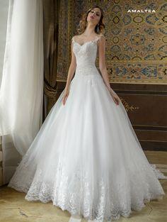 Abito da sposa in pizzo rigorosamente made in Italy Dalin 2016 per Bride Project Buttrio www.brideproject.it