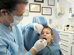Che carino questo bimbo durante una #visita dal #dentista