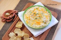 Mmmmmm. Warm Crab Dip. Is there anything better? I was once at someone's house and they refused to share their crap dip recipe with me, so I surreptitiously procured it from their recipe file. That...