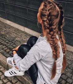 Love these loose braids!