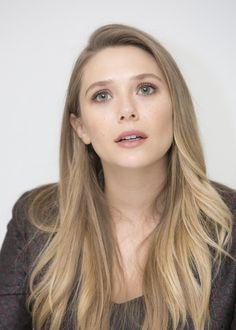 She is so beautiful 😍😍😍😍😍😍 Elizabeth Chase Olsen, Elizabeth Olsen Scarlet Witch, Marvel Girls, Marvel Women, Mary Kate Ashley, Star Wars, Woman Crush, True Beauty, Beautiful Actresses