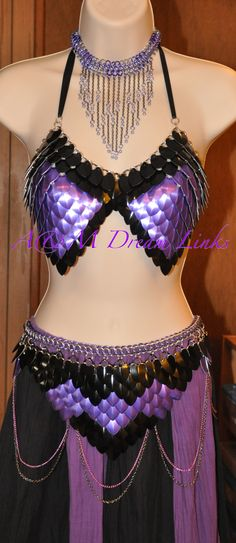 Chain maille - scale maille by A & M Dream Links. Stunning!!!!