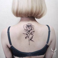 Small Tattoos sells temporary tattoos designed by professional artists and designers. Our temporary tattoos are safe and non-toxic. Rose Tattoos, Flower Tattoos, Butterfly Tattoos, Tatoos, Rose Tattoo On Back, Tattoo Son, Tattoo Schwarz, Upper Back Tattoos, Types Of Roses