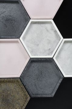 DIY Epoxy Resin Coasters Using a Hexagon Silicone Mold - IDEAS // Crafts - Learn how to make DIY epoxy resin coasters using a hexagon silicone coaster mold, including how to - Diy Resin Art, Diy Clay, Resin Crafts, Silicone Coasters, Diy Silicone Molds, Diy Trend, Leather Coasters, Diy Epoxy, Coaster Design