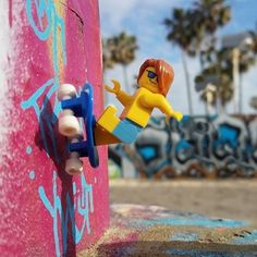 """This week we want to celebrate the top entries of our @lego photo contest. Shout-out to @lego_surfer_dude for catching the authentic #SoCal vibe! -- """"When there's no waves, grab the skateboard. Frontside wallride at Venice Skatepark."""" -- #skateboard #skateboarddude #legominifigures #surf #surflife #socalvibe #venicebeach #californiatoys #puzzlezoo #shoplocalsm"""