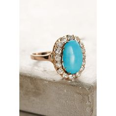 Fox & Bond One-Of-A-Kind Vintage Turquoise Diamond Cluster Ring ($2,978) ❤ liked on Polyvore featuring jewelry, rings, gold, vintage turquoise jewelry, vintage rings, vintage oval ring, turquoise cluster ring and victorian turquoise ring