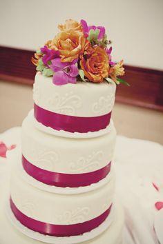 #wedding #minnesota http://www.bellagala.com/wedding-cakes/index.html