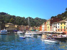 Enchanting pastel coloured buildings, Portofino,Italy.