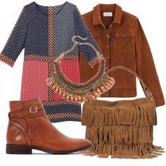 Per una ragazza che vuole essere libera, stile bohemian in versione autunnale. Vestito a fantasia, borsa a frange, giacca color cammello e stivaletto basso. Completa il look collana colorata con perle.
