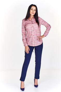 & Camasa roz cu imprimeu grafic in contrast Contrast, Women, Fashion, Moda, Women's, Fashion Styles, Woman, Fasion