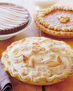 Chai-Spice Apple Pie Recipe #PieRecipe #Thanksgiving #Apples