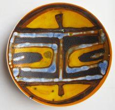 10-Poole-Studio-Delphis-1960s-large-plate-shape-4-by-Patricia-Churchouse