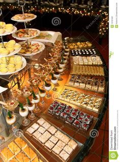 Dessert Table Ideas that will Blow your Mind: Create Yours! This sweet table set up is divine. We could eat it up!This sweet table set up is divine. We could eat it up! Buffet Dessert, Dessert Bars, Candy Buffet, Dessert Ideas, Wedding Desserts, Mini Desserts, Wedding Dessert Tables, Wedding Appetizer Table, Wedding Buffets