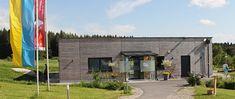 Haus des Moores im Naturpark Heidenreichstein Diana, Garage Doors, Outdoor Decor, Home Decor, Haus, Road Trip Destinations, Interior Design, Home Interior Design, Home Decoration