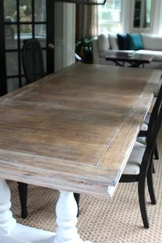 How To Lime A Dining Table How to strip and lime an oak table to give it a richly worn patina. Painted Dining Room Table, Dinning Room Tables, Diy Dining Table, Painted Tables, Refinished Dining Tables, Chalk Paint Dinning Table, Kitchen Table Redo, Painted Chairs, Dining Room Sets