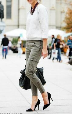 skinny cargo pants, pointy black pumps!