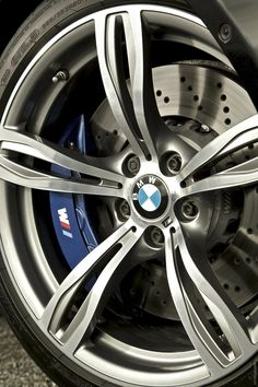 2012 BMW M5 UK Version