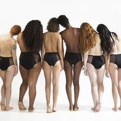 Body shaming: che cos'è e perchè va contrastato? Body Positivity Photography, Body Photography, Images Aléatoires, Corps Parfait, Real Bodies, Body Shaming, Body Reference, Body Poses, Body Image