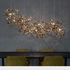 Loft Lighting, Living Room Lighting, Modern Lighting, Lighting Design, Dining Room Lamps, Luxury Dining Room, Lighting Ideas, Deco Restaurant, Linear Chandelier