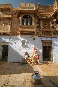 Jaisalmer India ☁️ ✿⊱╮♡ ✦ ❤️ ●❥❥●* ❤️ ॐ ☀️☀️☀️ ✿⊱✦★ ♥ ♡༺✿ ☾♡ ♥ ♫ La-la-la Bonne vie ♪ ♥❀ ♢♦ ♡ ❊ ** Have a Nice Day! ** ❊ ღ‿ ❀♥ ~ Th 17th Sep 2015 ~ ~ ❤♡༻ ☆༺❀ .•` ✿⊱ ♡༻ ღ☀ᴀ ρᴇᴀcᴇғυʟ ρᴀʀᴀᴅısᴇ¸.•` ✿⊱╮
