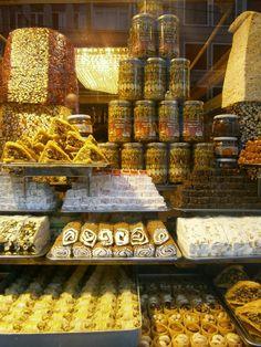 Sehenswürdigkeiten auf einem #Markt in #Istanbul | #Reise in die #Türkei | #Marktstand | #vamosreisen
