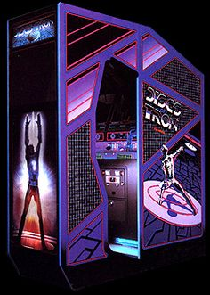 If I can ever afford my proper game room/cave, this is one of about seven or eight arcade games I'd want in there.