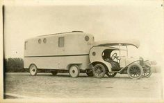 Wonderful vintage camper and beautifully designed car! Vintage Campers Trailers, Camper Trailers, Retro Rv, Folding Campers, Motorhome Travels, Dodge Power Wagon, Vintage Rv, Cool Campers, Vw Cars