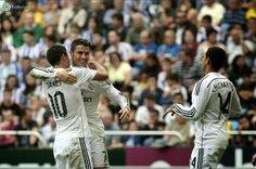 Bola World – Permainan Bola – Keberhasilan Madrid membantai Grananda dengan skor 9-1 pada laga Primera Liga Spanyol, Minggu di Stadion Santiago Bernabeu, tidak terlepas dari performa dari Christiano Ronaldo. Kunjungi kami di http://bolaworld.com