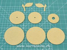 cardboard apples do it yourself Cardboard Box Crafts, Apples, Diy And Crafts, Projects To Try, Funny Throw Pillows, Bricolage, Apple