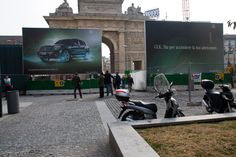 #Mercedes #Billboard #Elettroluminescenza #MercedesGlk #Milano #CorsoComoMilano