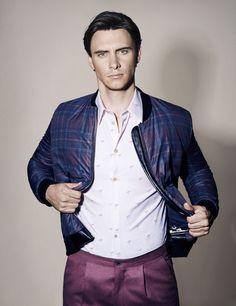 Harry Lloyd via Tumblr - holy hell! so stylish, so hot!