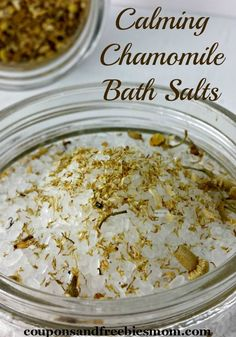 Easy Homemade Bath Salts with only 3 ingredients! This SUPER EASY homemade bath salt recipe makes the perfect gift, with free printable labels included! You won't believe how simple this is to make! Check it out now!