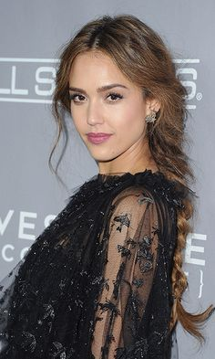 Actress Jessica Alba gave us major braid goals with this effortless plaited look at the 5th Annual Baby2Baby Gala at 3LABS in Culver City, California.