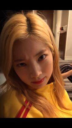 Nayeon, Rapper, Twice Group, Twice Fanart, Twice Once, Twice Dahyun, Girl Crushes, One In A Million, Mamamoo