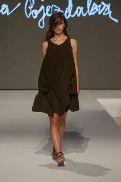 Collection of Andrea Pojezdálová presented during Fashion LIVE! Live, Collection, Black, Dresses, Fashion, Gowns, Moda, Black People, La Mode