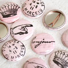 Paris Pink Buttons ... could also use bottle tops to make these for embellishments or magnets even for vintage memo board!