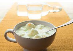 Denne suppen tror vi kan bli en favoritt særlig blant barnefamiliene. Fiskebollesuppe er enkel og rask å lage, er full av smak og du kan fint vari...