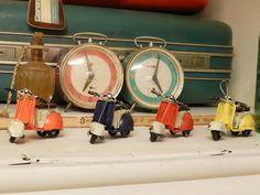 PChome Online 商店街 - 微加幸福雜貨小築zakka - 微加幸福雜貨小築 ZAKKA美式鐵皮玩具 懷舊鐵藝 偉士牌 復古櫥窗擺設
