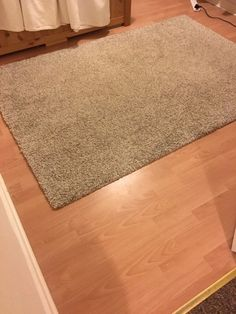 Ikea Alhede Rug On Gumtree White Grey Black Flecked From 133 X 195 Cm Medium High Pile Very Good Condition
