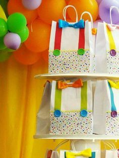 Party favor bags for a circus birthday party Clown Party, Circus Carnival Party, Circus Theme Party, Carnival Birthday Parties, Carnival Themes, Circus Birthday, First Birthday Parties, Birthday Favors, Birthday Ideas