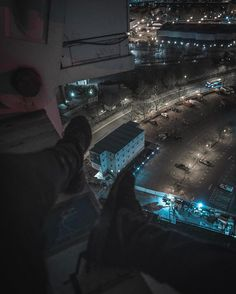 """273 lượt thích, 15 bình luận - Tom Wright (@d.grade) trên Instagram: """"Car parks, cranes and chill 😂 picture taken during my latest video. LINK IN MY BIO • • • • • •…"""""""