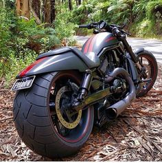 Harley Davidson V-Rod Custom Choppers, Custom Harleys, Custom Motorcycles, Custom Bikes, Cars And Motorcycles, Bobber Motorcycle, Moto Bike, Harley V Rod, Vrod Harley