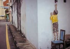Extraordinary Street Art by Ernest Zacharevic - CAT IN WATER