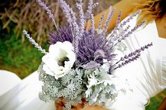 Look at all the cool stuff you can do with lavender: DIY wedding bouquet http://www.diaimagesblog.com/
