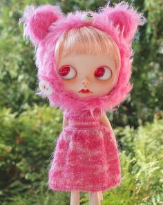 Oh my goodness, I am in love with this pink sweater!! <3 Greta by bananas!!!