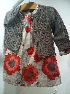 the CoOl Kids - Smaller sized florals in red,cream and black for baby dresses at babyGap with textured knitwear for fall 2013 Little Girl Fashion, My Little Girl, Toddler Fashion, Kids Fashion, My Baby Girl, Baby Girls, Outfits Niños, Baby Outfits, Kids Outfits
