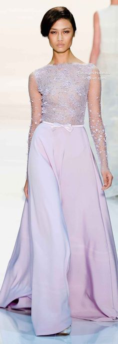 A purely feminine collection of Couture designs with delicate lines and exquisite beading and embroidery from Georges Hobeika. Haute Couture Dresses, Couture Fashion, Runway Fashion, Fashion Moda, High Fashion, Pastel Gown, Spring Couture, Glamour, Vogue
