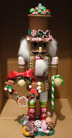 Gingerbread Nutcracker Cookie Wreath Candies 13 Inch   eBay