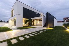 Black&White Volumes Defining Modern C House in Timisoara, Romania #architecture
